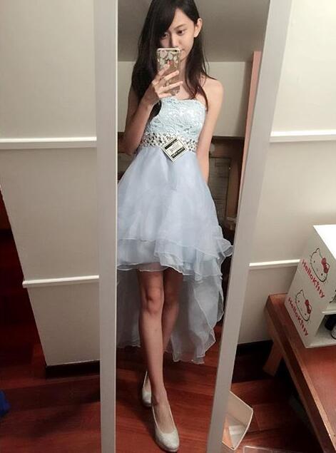 """台湾""""千年一遇美女""""走红:颜值爆表腿长1米2"""