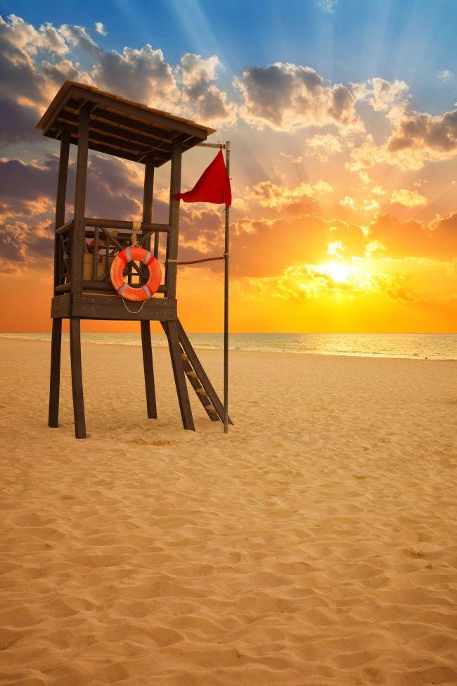 沙滩观景台图片